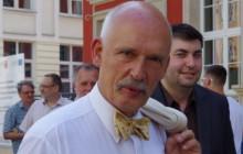 Burza po geście Janusza Korwin-Mikkego w Parlamencie Europejskim