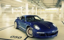 Edycja specjalna Porsche 911 z okazji  5 mln fanów na Facebooku