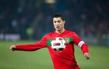 Hiszpania - Portugalia: Co znaczył tajemniczy gest Cristiano Ronaldo? Mnożą się teorie