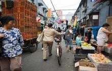 Słabnie handel w Chinach, import spadł o 20 procent