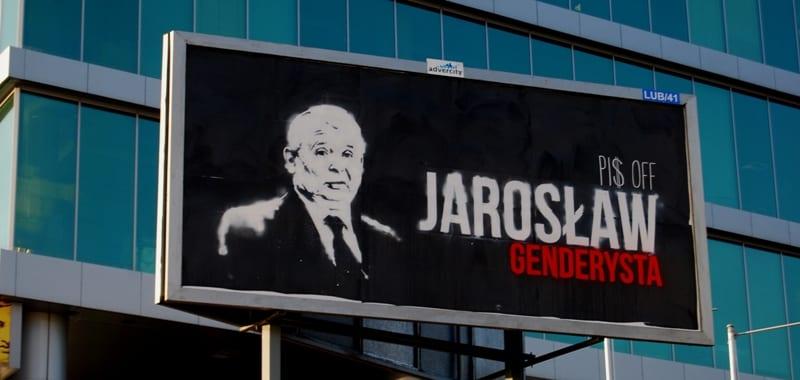 Plakaty obrażające PiS na ulicach Lublina