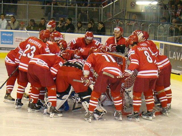 MŚ w hokeju: Polacy awansowali na zaplecze elity