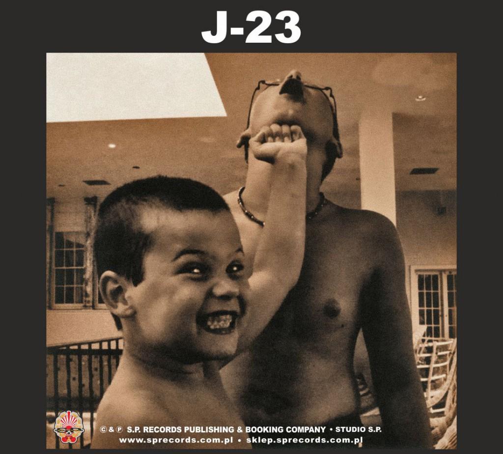Lepiej późno niż wcale - J-23 / Korpus Dyplomatyczny [recenzja]