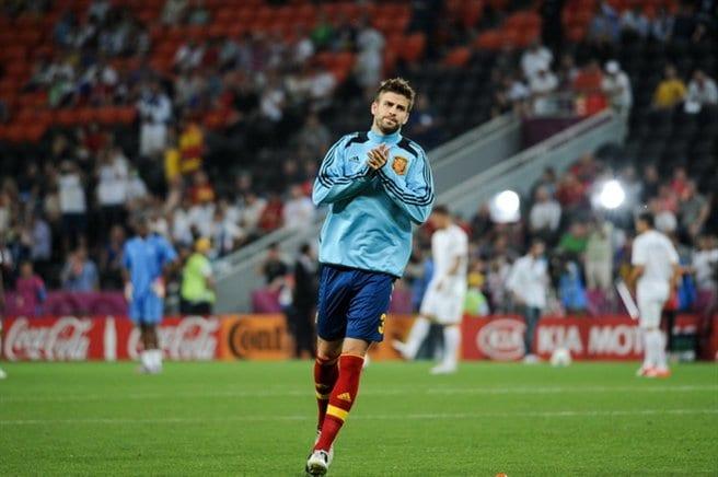 Gerard Pique na dłużej w Barcelonie
