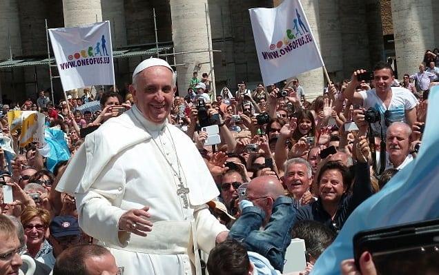 Papież Franciszek Kościół wikimedia autor Edgar Jimenez