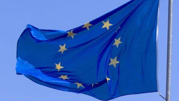 Ile na podróże wydają oficjele Unii Europejskiej?