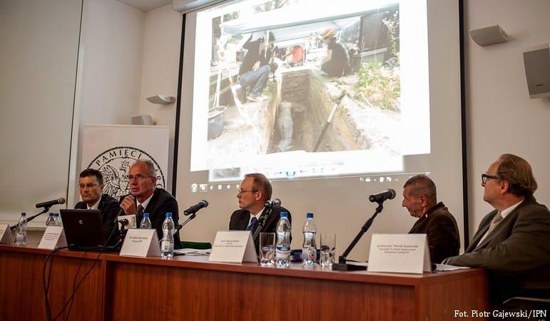 IPN: problemy ze wznowieniem ekshumacji na Łączce