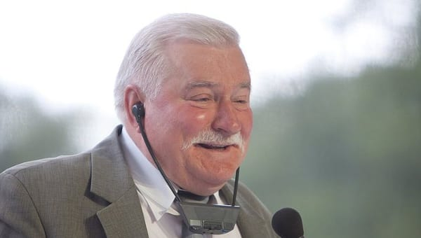 Wałęsa ostatecznie przegrał z Wyszkowskim proces o