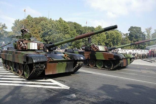 Przygotowania do defilady na Święto Wojska Polskiego