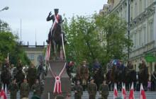 Kielce: odsłonięcie pomnika Józefa Piłsudskiego [ZDJĘCIA]