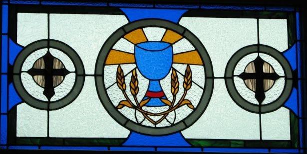 hostia kościół katolicyzm fot freeimages com