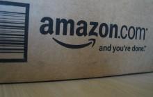 Amazon usunął ofertę sprzedaży polskiej flagi jako wycieraczki