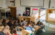 UMCS wprowadzi obowiązkowe zajęcia z savoir-vivre'u