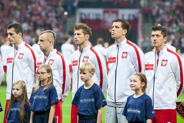El. MŚ 2018: Lewandowski i Piszczek i bohaterami bitwy w Czarnogórze! Wspaniały gol z rzutu wolnego [WIDEO]