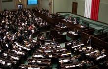 Kto może być liderem opozycji według Polaków?
