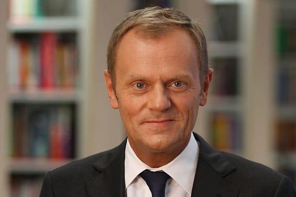 To właśnie z tego powodu Donald Tusk nie wróci do Polski? Europoseł przyznał, że może się o to założyć!