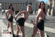 Działaczki Femen sprofanowały krzyże na placu św. Piotra w Watykanie [WIDEO]