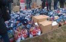Kibice z całego kraju pomagali świętemu Mikołajowi