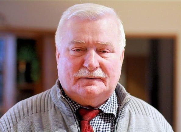 Wałęsa znów tłumaczy się ze współpracy z SB.