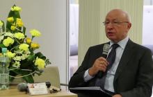 TVP Info: Umorzono śledztwo ws. prof. Bogdana Chazana