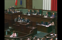 Poseł PiS pytał w Sejmie o związki Komorowskiego z WSI. Sikorski wyłączył mu mikrofon [WIDEO]