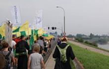wMeritum w akcji: Chcą uczcić pamięć Powstańców. Zbierają na flagi i opaski