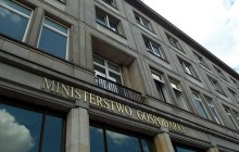 Czy Ministerstwo Gospodarki nie zna zasad ekonomii?