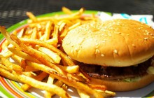 Rząd wprowadzi podatek od niezdrowego jedzenia? Cukier, sól i tłuszcz na cenzurowanym