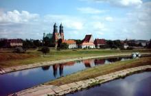 Zaślubiny Dobrawy z Mieszkiem i jarmark średniowieczny