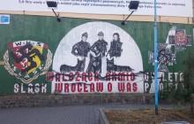 Zdewastowano patriotyczny mural kibiców Śląska Wrocław!