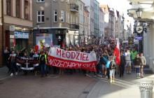 Polacy boją się terrorystów. W całym kraju przejdą antyislamskie marsze