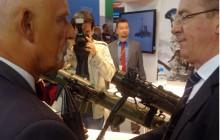 Korwin-Mikke na targach zbrojeniowych: Dla Polski wrogiem są Niemcy i Ukraina, a nie Rosja