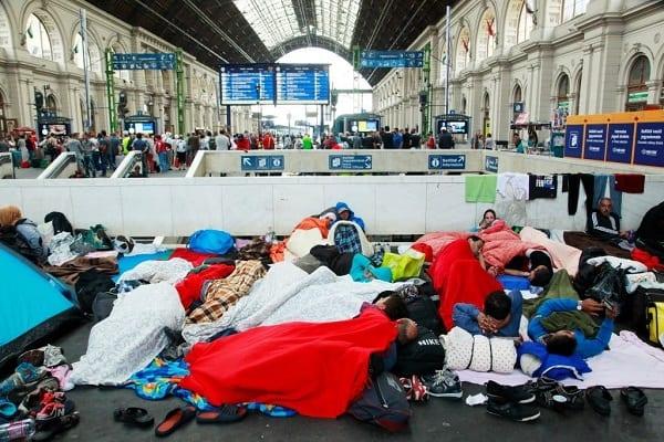 Uchodźcy nie przyjęli darmowego jedzenia.