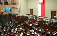 Najnowszy sondaż poparcia dla partii politycznych. Ile ugrupowań znalazłoby się w Sejmie?