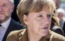 Kryzys migracyjny pogrąża Merkel. Niemcy oskarżają ją o zdradę stanu