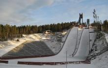 Restrykcyjne, nowe przepisy w skokach narciarskich: zakaz dotykania kombinezonów!