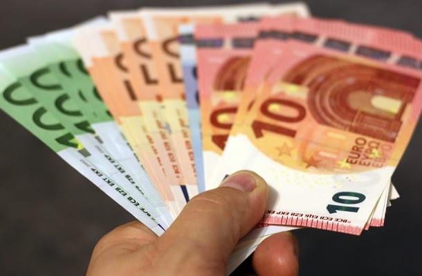 Masz kredyt hipoteczny w obcej walucie? Twój bank będzie musiał oddać ci nawet kilkanaście tysięcy złotych