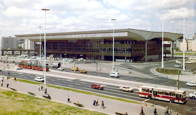 Budynek dworca w latach 70