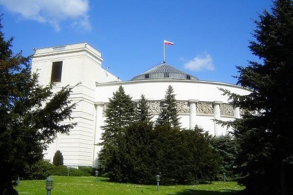 Kwota wolna od podatku dla parlamentarzystów 27360 zł. Zaskoczeni?