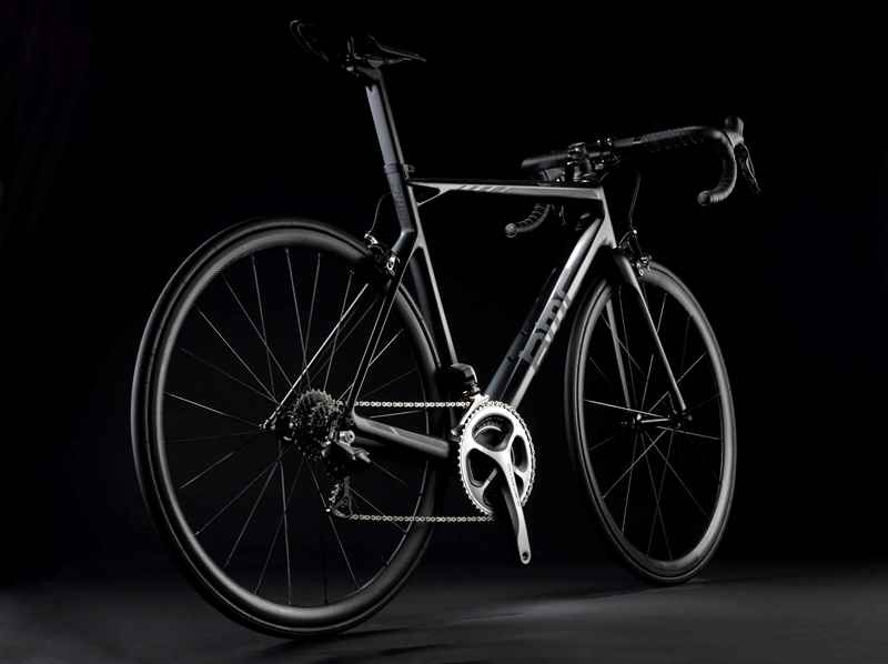 Rower szosowy BMC teammachine SLR01 LTD DuraAce Di2 02 (mat. pras.)