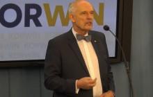 Janusz Korwin-Mikke: Krach legendy