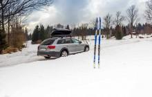 Samochodem na narty. Jak zapewnić bezpieczny transport?