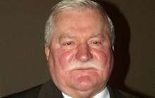 Lech Wałęsa broni Mateusza Kijowskiego.