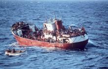 Tragedia na morzu. Imigrantów rozszarpały rekiny! Zginęło kilkadziesiąt osób
