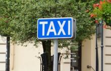 Lublin: Wybiegli na ulicę i napadli na jadącą taksówkę. Kierowca został skatowany