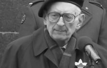 Z inicjatywy KOD-u powstał Komitet Społeczny Budowy Pomnika W. Bartoszewskiego. Wśród nazwisk m.in. Michnik, Lis, Biedroń, Sikorski i Niesiołowski