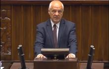 Macierewicz pozostanie szefem MON. Niesiołowski: To wstyd i hańba, że ten człowiek kogokolwiek reprezentuje