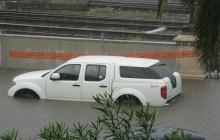 Nadchodzi fala zalanych samochodów