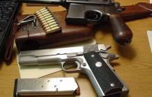 Unijny ekspert promujący ograniczenia dostępu do broni dla obywateli aresztowany za nielegalny handel bronią