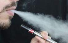 Sejm: Koniec e-papierosów w przestrzeni publicznej